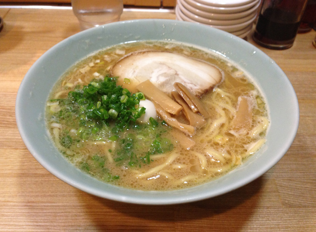 醤油ラーメン 太麺